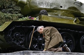 Soviet veteran is still grateful to his T34 which has sheltered him throughout WWII